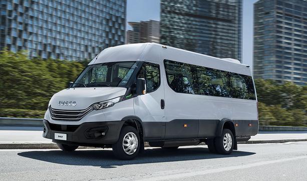 Nowy IVECO Daily - minibus przenoszący przewóz pasażerów na wyższy poziom
